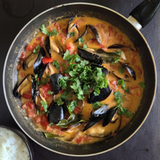 Mussels with a Thai Red Curry